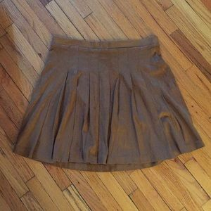High-waisted Old Navy Suede skirt